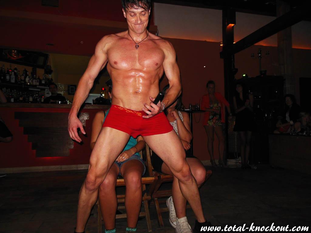 najam stripera