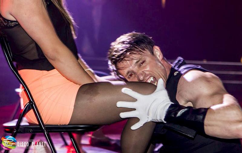 Ricky striptizer