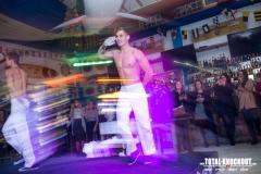 Total-knockout-striptiz-famous-13